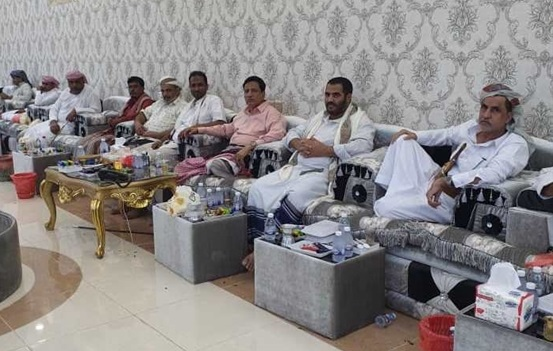 خلال زيارات عيدية للمحافظ ومسؤولين محليين..: إصلاح المهرة يؤكد على وحدة الصف للحفاظ على استقرار المحافظة